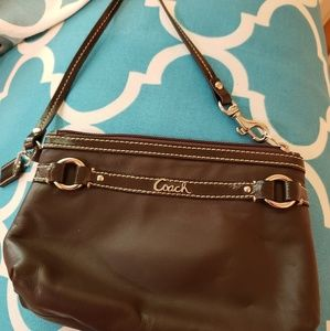 NWT Coach Gallery Leather Wristlet Mahogany